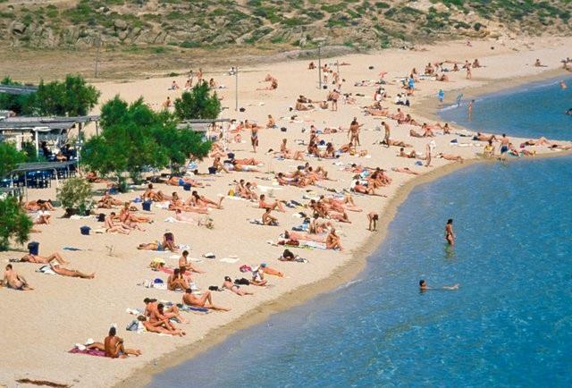 8 bãi biển khỏa thân nổi tiếng thế giới - 2
