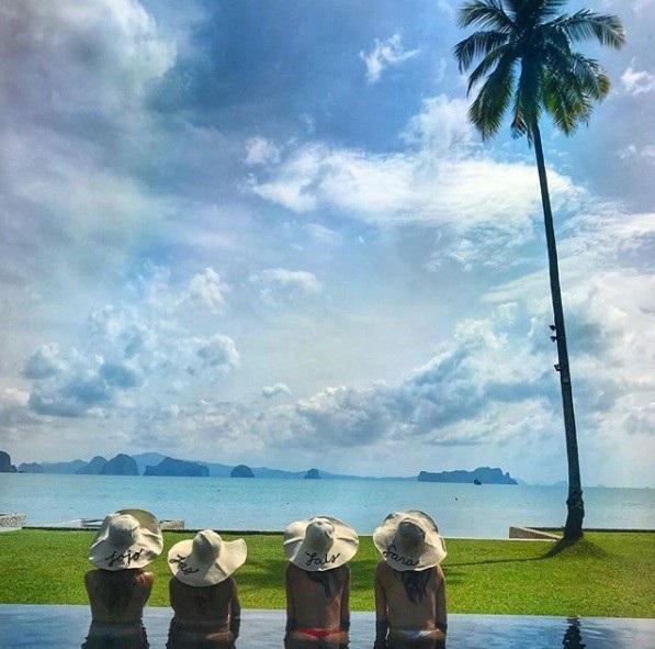 """""""No mắt"""" ngắm bộ ảnh du lịch Thái Lan của dàn thiên thần Victoria Secret - 1"""