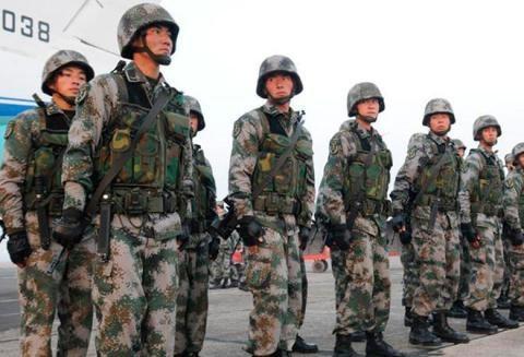 Binh sỹ Trung Quốc tập trung tới Doklam hồi đầu tháng 8.