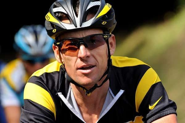 Lance Armstrong đã kiên cường chống lại bệnh UTTH di căn lên não và phổi.