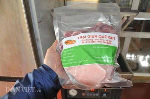Sản phẩm thịt thành phẩm cuối cùng có đầy đủ nhãn mác, nguồn gốc… cung cấp cho các hệ thống cửa hàng bán thực phẩm sạch trong nội thành.