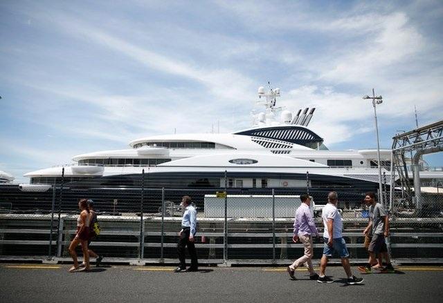 Du thuyền 120 mét mang tên Serene của hoàng tử bin Salman.