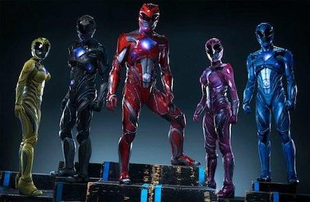 """Hãng Lionsgate và Saban sẽ mang """"Power rangers"""" trở lại với màn ảnh rộng vào cuối tháng 3 năm nay. Với việc nữ diễn viên Elizabeth Banks vào vai ác nhân Rita Repulsa, """"Power rangers"""" đang nhận được khá nhiều sự tin tưởng từ người hâm mộ."""