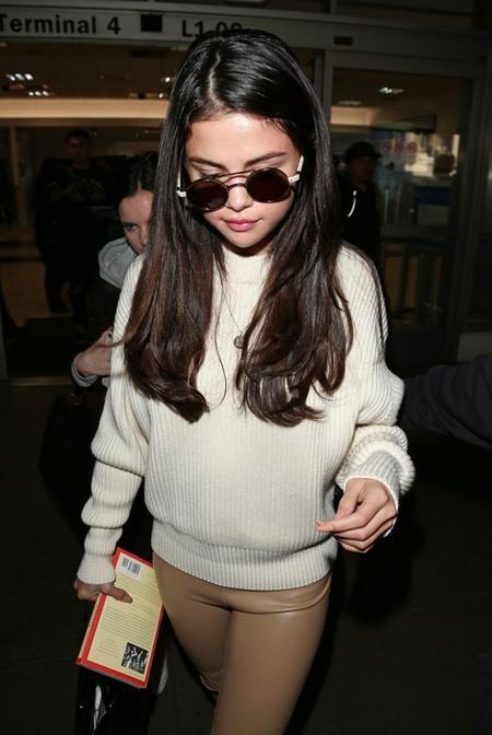 … dù thiếu vắng cô bạn gái Selena