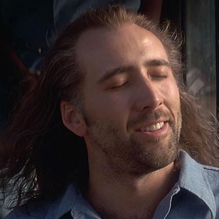 """Ra mắt từ năm 1997 nhưng bộ phim """"Con air"""" vẫn để lại ấn tượng đậm nét cho người hâm mộ, từ mái tóc, bộ râu cho tới chất giọng đặc biệt của Nicolas Cage"""
