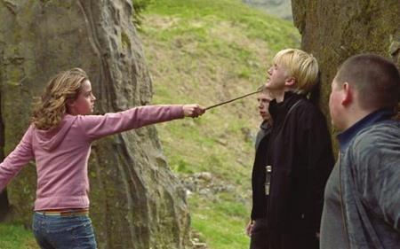 """Phần ba """"Harry Potter và Tên tù nhân ngục Azkaban"""" được ra mắt khán giả vào năm 2004 và Emma Watson đã cho thấy những tiến bộ đáng kể trong diễn xuất"""