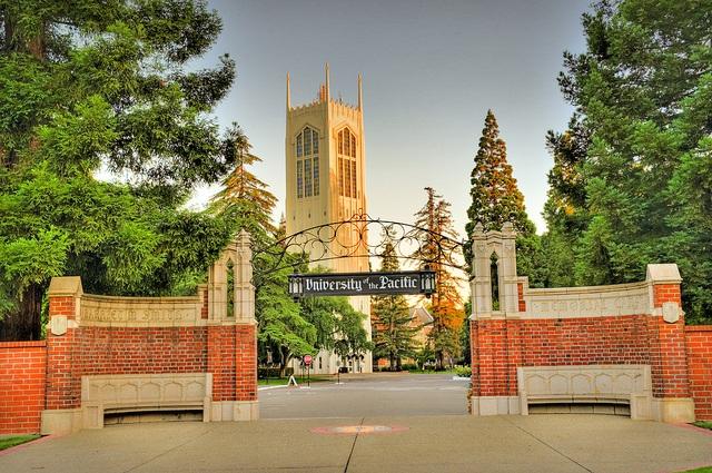 Trường Đại học Pacific, California, Mỹ