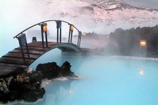 Ngâm mình trong những suối nước nóng nổi tiếng thế giới - 3