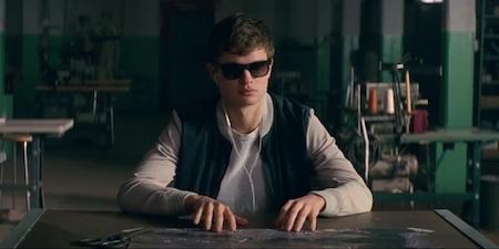 """Trong tác phẩm hình sự giật gân """"Baby driver"""" sắp sửa ra mắt vào cuối tháng 6 năm nay, nam diễn viên trẻ Ansel Elgort sẽ có được cơ hội hợp tác cùng ngôi sao tài năng Jamie Foxx"""