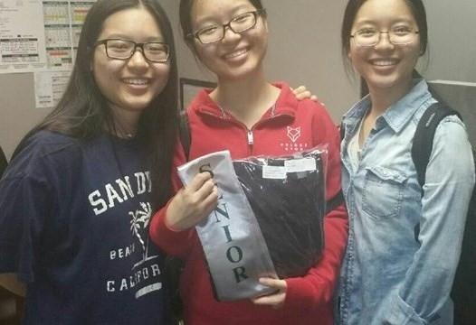 Ba chị em gặp không ít khó khăn thời gian đầu đặt chân đến Mỹ.