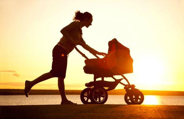 Hãy thường xuyên ra ngoài đi dạo để hít thở không khí trong lành.