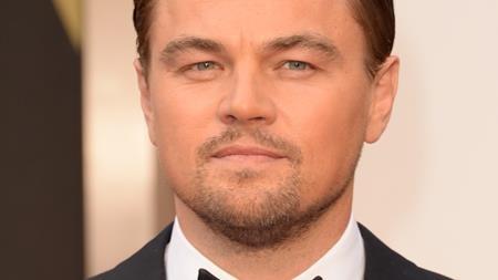 """Gisele Bundchen, Rihanna, Blake Lively… đều từng là những cô bạn gái nổi tiếng của Leonardo DiCaprio. Nhưng trong khi những bóng hồng quá khứ đều dần tìm được bến đỗ hạnh phúc thì chàng Don Juan của Hollywood vẫn đang mải miết tìm kiếm """"một nửa"""" định mệnh và ở tuổi 42, Leo vẫn chưa thể nào thoát kiếp độc thân."""