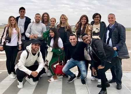 Các sao bóng đá đã bay tới Argentina