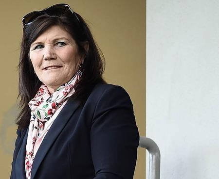 Bà Dolores, mẹ của C.Ronaldo cũng bị lên án