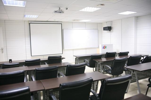 Cơ sở vật chất, và trang thiết bị hiện đại tại Đại học Greenwich (Việt Nam).