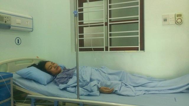 Cô giáo P.T.H đang điều trị tại bệnh viện.