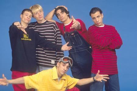 """Một nhóm nhạc đình đám khác cũng đã """"trình làng"""" album đầu tay trong năm 1997, đó là Backstreet Boys."""