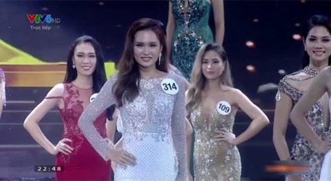"""Giữa bão lũ vẫn thi """"Hoa hậu Hoàn vũ"""", người trong cuộc nói gì? - 4"""