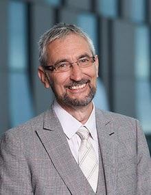 Giáo sư Paul Inman – diễn giả chương trình