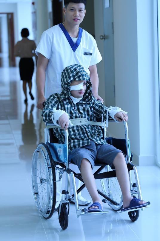 Thắng đã tiến triển tích cực sau ca phẫu thuật, chấm dứt chuỗi ngày chật vật chạy chữa vì khối u khủng