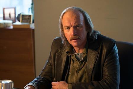 """""""Fargo"""" lúc nào cũng duy trì được sự phức tạp, điên rồ và hoàn mĩ đến tột đỉnh của mình. Và cũng chẳng có gì ngạc nhiên khi bộ phim này tiếp tục thống trị màn ảnh nhỏ trong năm 2017."""