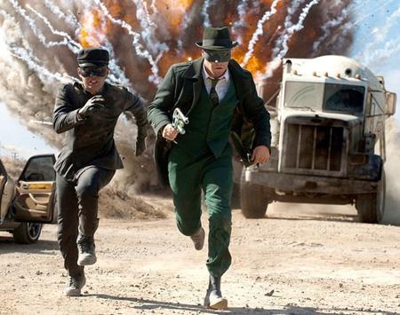 """Vốn là một cây hài có duyên trên màn ảnh, Seth Rogen đã rất nỗ lực giảm cân để có thể tham gia vào bộ phim siêu anh hùng """"The green hornet"""" hồi năm 2011."""