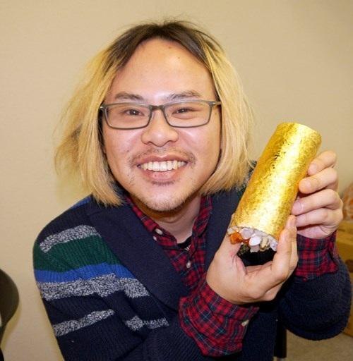 Sushi bọc vàng giá hơn 2 triệu đồng/cuộn - 5