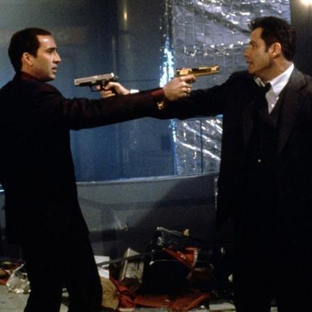"""Trong năm 1997, Nicolas Cage còn có một tác phẩm rất xuất sắc nữa là """"Face/Off"""" đóng cùng John Travolta"""
