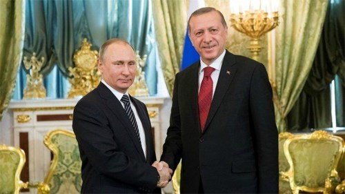 Tổng thống Nga V.Putin và người đồng cấp Thổ Nhĩ Kỳ Recep Tayyip Erdogan tại Điện Kremlin ngày 10-3. Ảnh: France 24