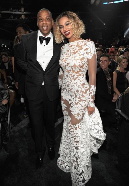 """Cặp đôi quyền lực Beyoncé Knowles và Jay Z cũng hoàn toàn """"qua mặt"""" giới truyền thông khi cả hai kết hôn bí mật hồi năm 2008"""