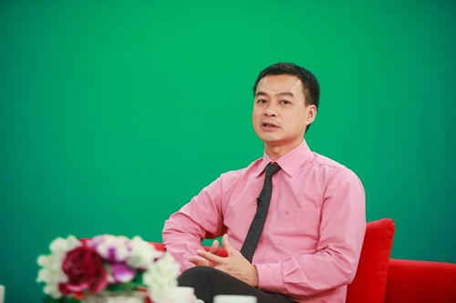 TS. Phạm Hữu Cường nhận xét đề thi Văn cơ bản, phù hợp với mọi học sinh.