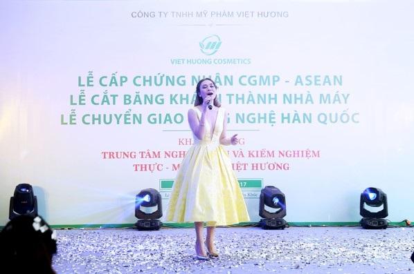 Công ty Việt Hương khánh thành nhà máy sản xuất mỹ phẩm - 4