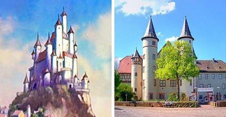 """Nguyên mẫu đầu tiên của nàng Bạch Tuyết được cho là Maria Sophia Margaretha Catharina von Erthal, người sống tại lâu đài cổ kính Lohr am Main. Tuy không còn một bức ảnh hay chân dung nào của Maria còn để lại nhưng lâu đài Lohr am Main của quý bà này quả thực đã được đưa lên màn ảnh cùng với bộ phim """"Snow White and the Seven Dwarfs""""."""
