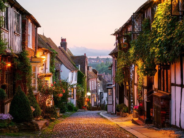 Khám phá những thị trấn xinh đẹp của nước Anh - 5