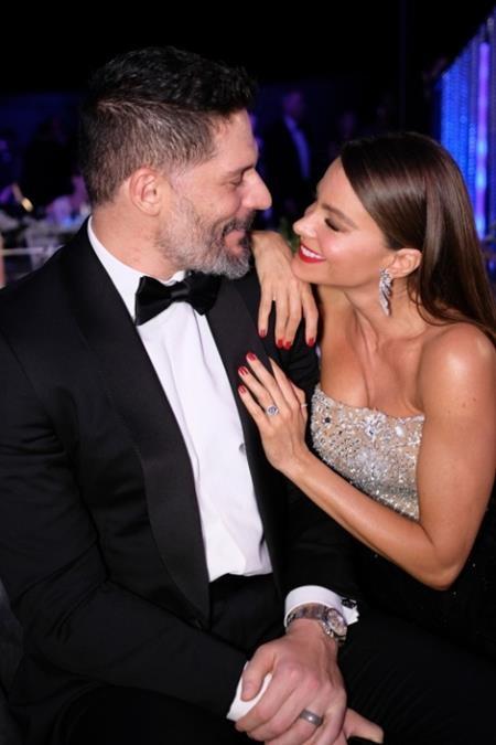 """Đôi vợ chồng Sofia Vergara và Joe Manganiello khiến người người phải ghen tị trước mức độ tình cảm """"ngọt hơn mía lùi"""""""