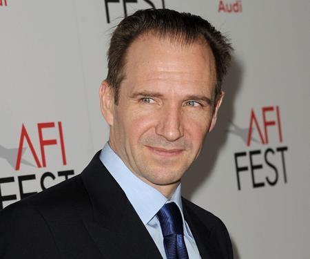 """Ralph Fiennes cũng là một sao nam rơi vào tình cảnh """"vô duyên"""" với tượng vàng Oscar như Gary Oldman"""