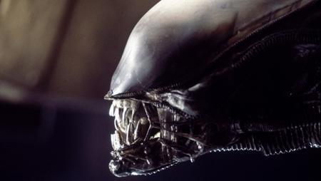 """Được xem là một trong những bộ phim xuất sắc nhất mang đề tài người ngoài hành tinh, """"Alien"""" (1979) thực sự đã tạo ra hình tượng người ngoài hành tinh vô cùng ám ảnh"""