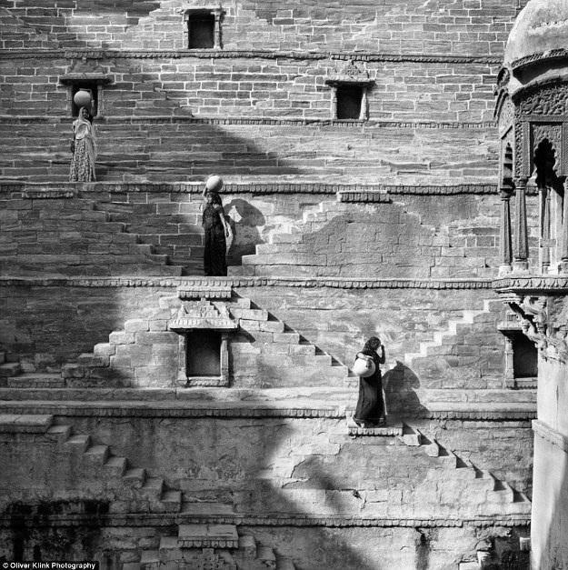 Những bức ảnh lịch sử về các truyền thống đang mất dần đi - 5