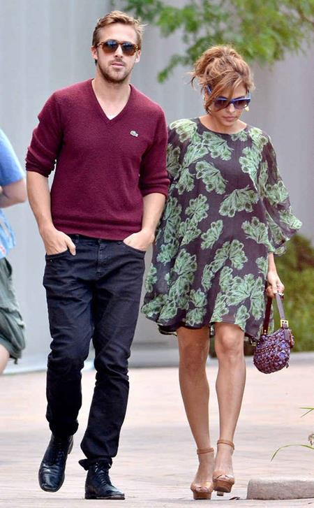 """Gần như """"phong toả"""" mọi tin tức về chuyện bầu bí, nữ diễn viên Eva Mendes từng làm cho công chúng phải xôn xao khi bất ngờ sinh hạ cô con gái Amada cho nam tài tử Ryan Gosling."""