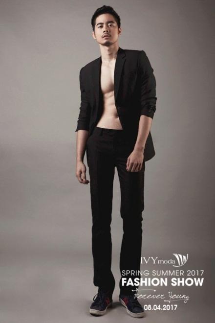 Show diễn cũng lần đầu tiên có mẫu nam tham gia trình diễn cho màn ra mắt IVY men