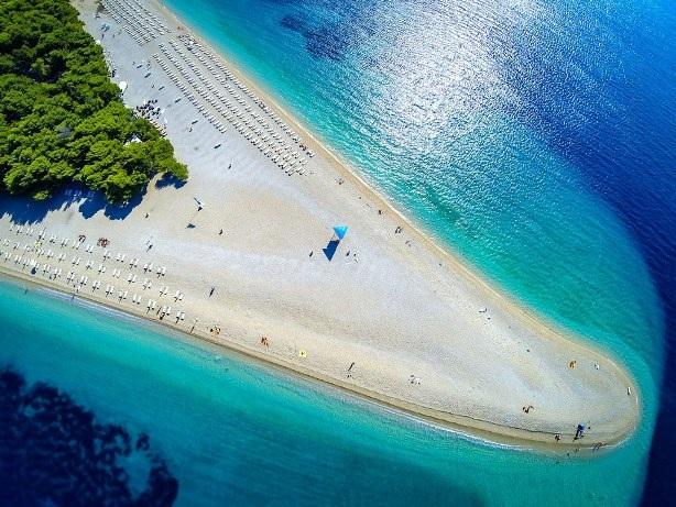 Chào mùa hè với 8 bãi biển tuyệt đẹp ở châu Âu - 5