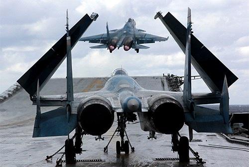 40 năm của một trong những dòng máy bay chiến đấu thành công nhất thế giới - Su-27 - 6