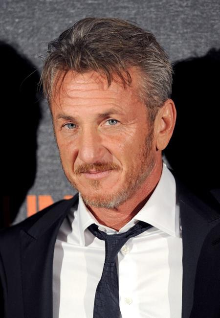 Tài năng và diện mạo của Sean Penn lúc nào cũng thuộc vào hàng ngũ xuất chúng, bất chấp việc nam tài tử đã ngoài 50 tuổi