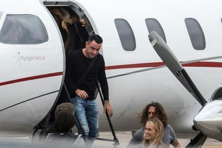 Huyền thoại của Barca, Xavi cũng tới chung vui với đàn em