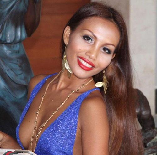 Praiya cho biết mình đã từng hẹn hò với 5000 người đàn ông giàu có.