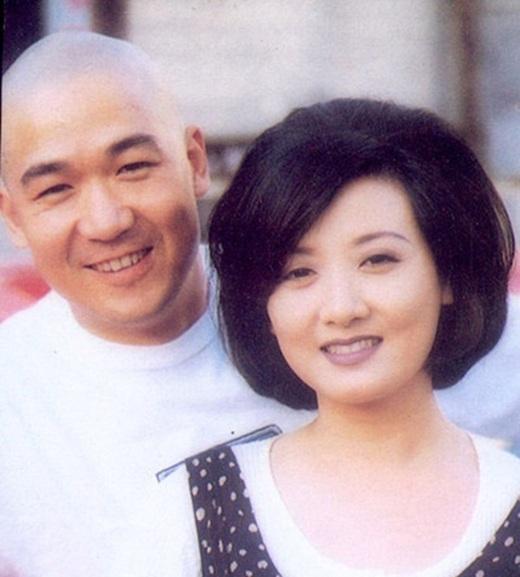 Đặng Tiệp còn được biết đến là bà xã của tài tử nổi tiếng Trương Quốc Lập