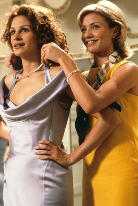 """Vào mùa hè năm 1997, các khán giả đã có cơ hội chiêm ngưỡng Julia Roberts và Cameron Diaz cùng hợp diễn trong bộ phim hài lãng mạn nức tiếng một thời, """"My best friends wedding""""."""