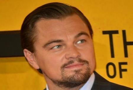 """Giờ đây, chàng lãng tử của Hollywood không chỉ """"đốn gục"""" được các fan hâm mộ mà còn chinh phục thành công giới phê bình với một tượng vàng Oscar cho Nam diễn viên chính xuất sắc nhất trong bộ phim """"The Revenant"""""""