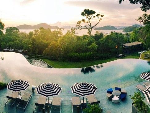 Top 10 bể bơi khách sạn đẹp mê mẩn - 6