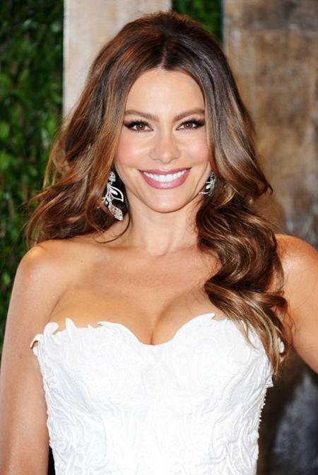 Người đẹp Sofia Vergara vẫn quá đỗi trẻ trung, quyến rũ ở tuổi 44